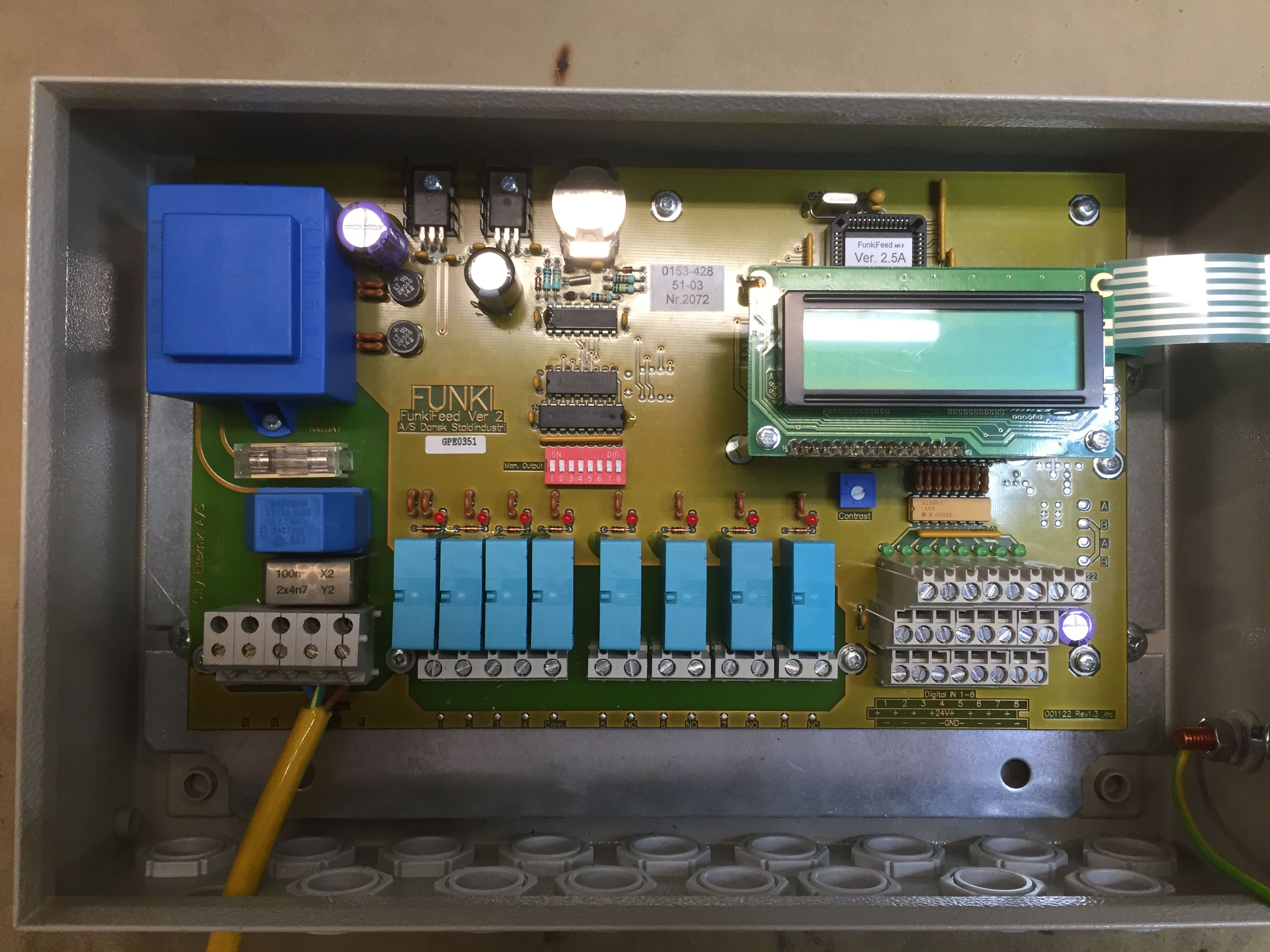 Control unit for feed system